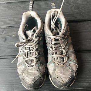 Women's Columbia shoes